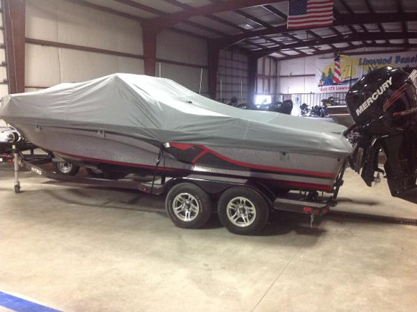 2014 Nitro ZV 21 w/ 300 VERADO and Trailer