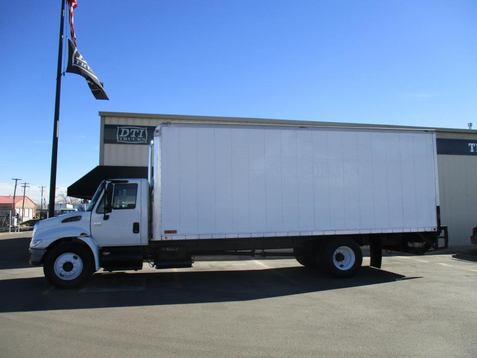 2005 International 4300 Box Truck - Straight Truck