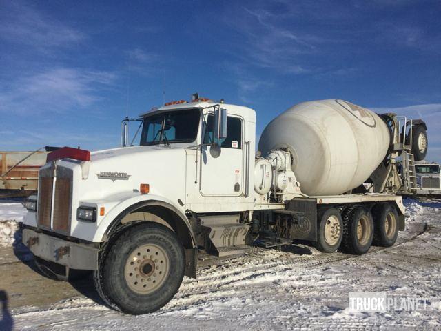 1993 Kenworth W900b  Mixer Truck