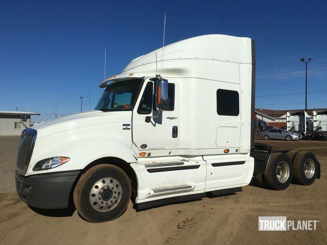 2013 International Prostar Conventional - Sleeper Truck