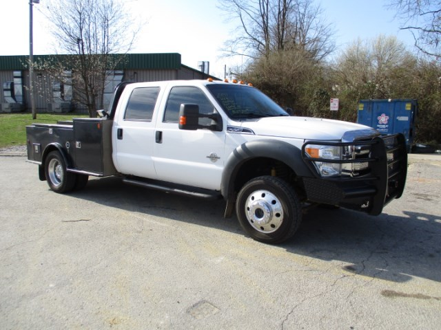 2011 Ford F-550  Flatbed Truck
