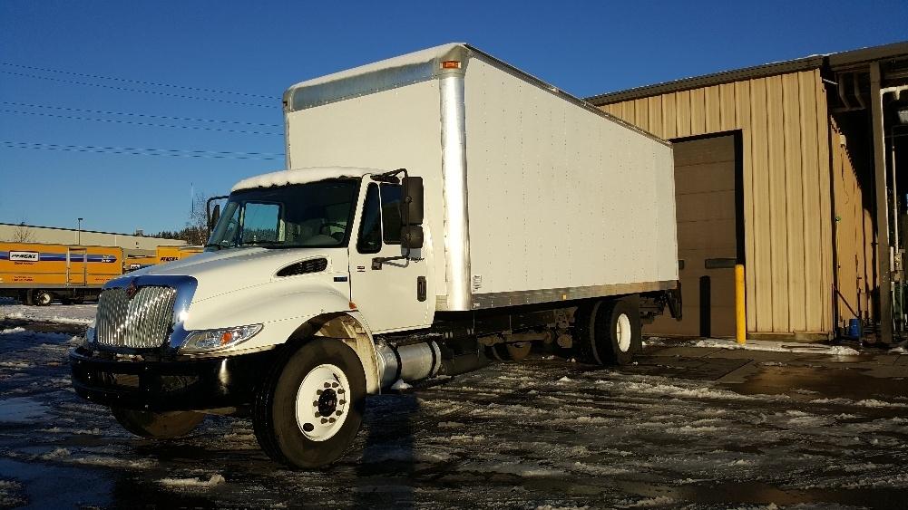 2013 International Durastar 4300 Box Truck - Straight Truck, 1