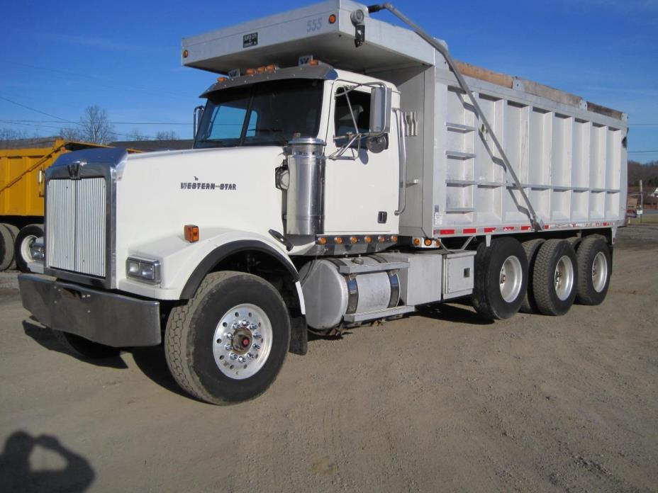 2005 Western Star 4900fa  Dump Truck