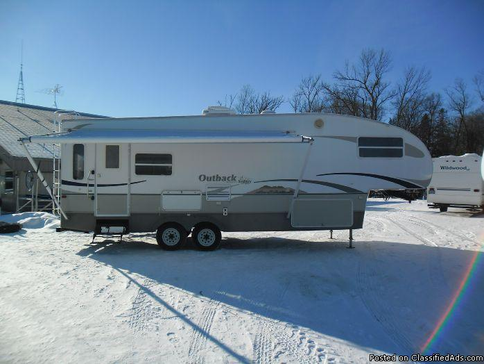 2005 Keystone Outback Sydney 28FLRS 5th Wheel #6959