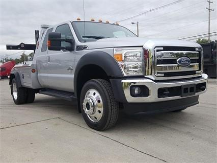 2016 Ford F550 Lariat Conventional - Sleeper Truck, 7