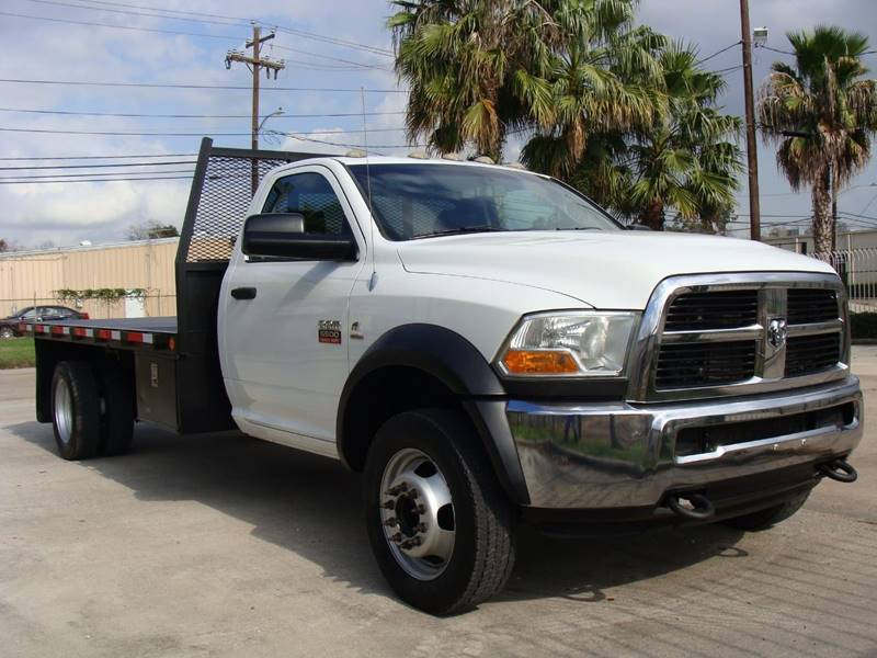 2011 Ram Ram Chassis 5500  Flatbed Truck