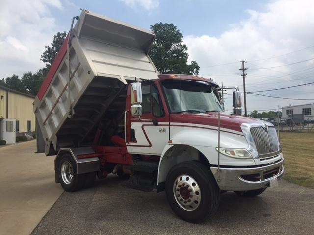 2005 International 4400 Dump Truck