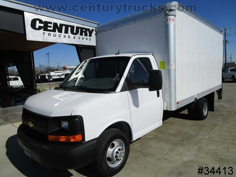 2015 Chevrolet 3500 Drw Express Box Truck - Straight Truck