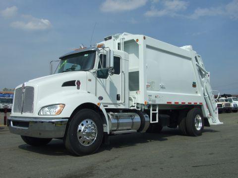 2018 Kenworth T370  Garbage Truck