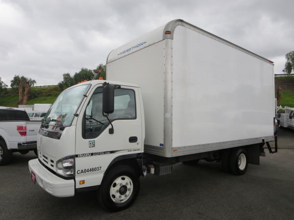 2007 Isuzu Npr-Hd Dsl Box Truck - Straight Truck