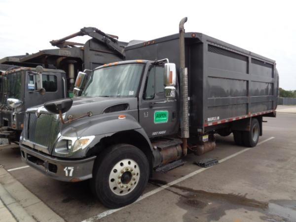 2006 International Workstar 7400  Garbage Truck