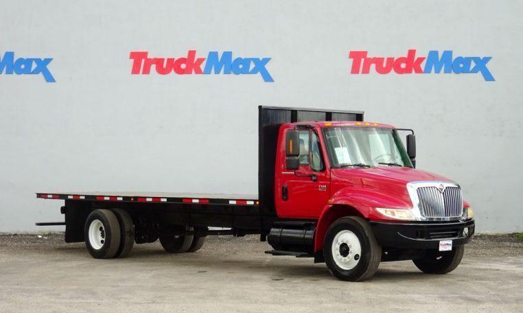 2007 International Durastar 4300  Flatbed Truck