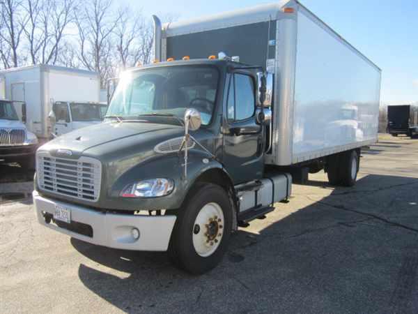 2006 Freightliner M2 106 Box Truck - Straight Truck
