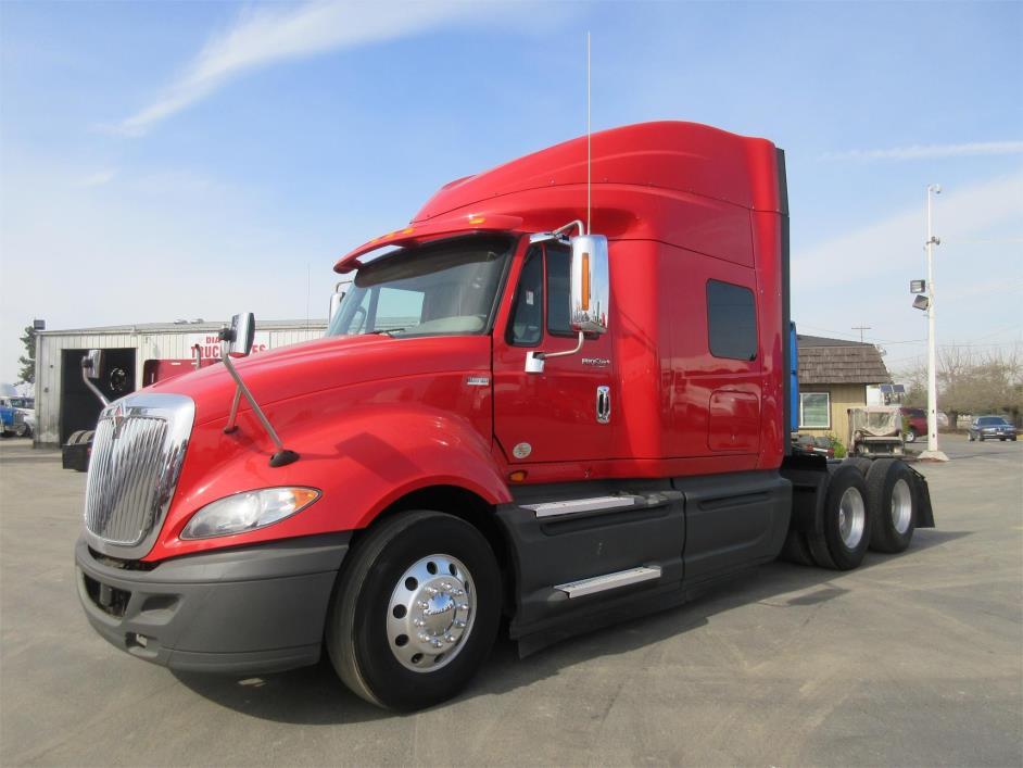 2014 International Prostar+ Conventional - Sleeper Truck