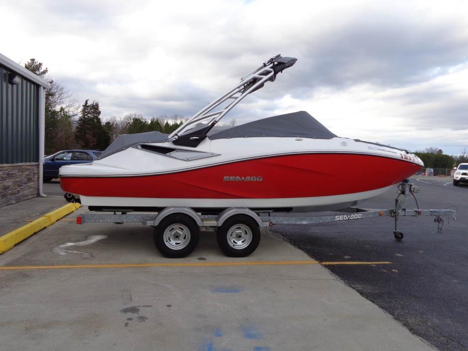 2012 Sea-Doo Sport Boats 210 Challenger SE