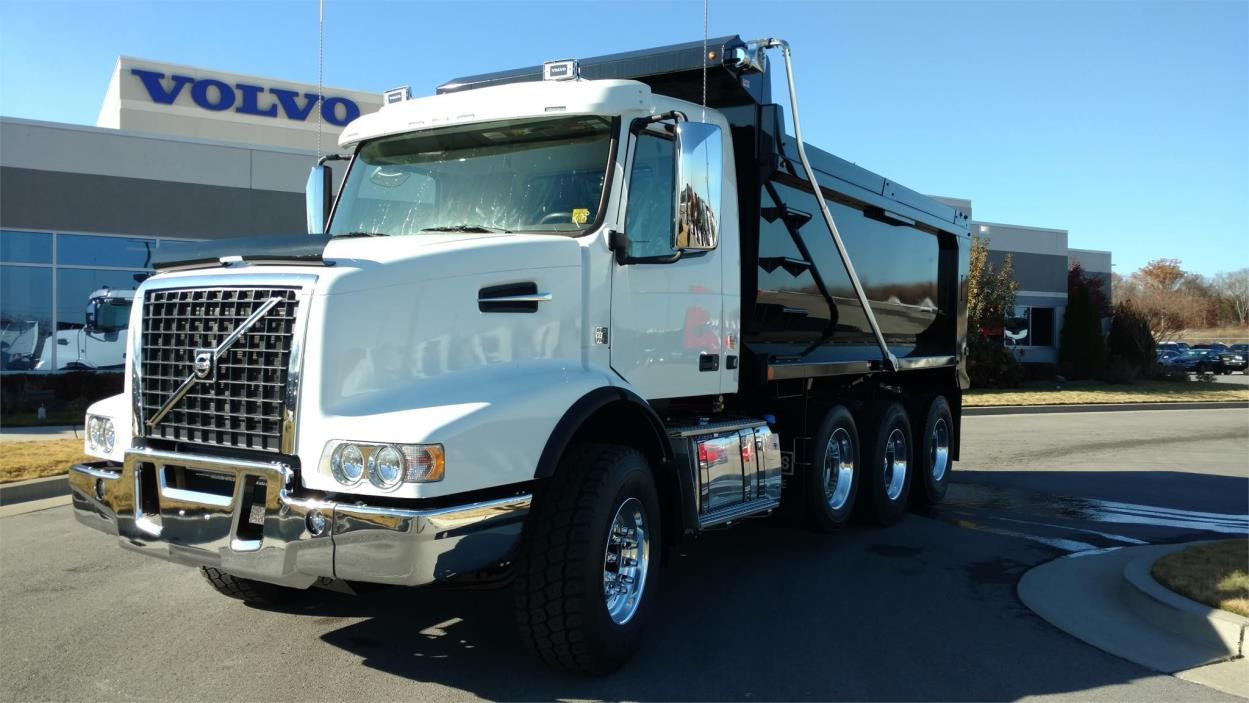 2017 Volvo Vhd104f Dump Truck, 1