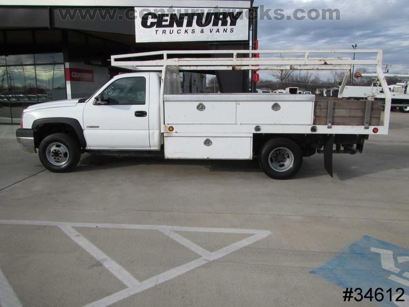 2005 Chevrolet Silverado 3500  Contractor Truck