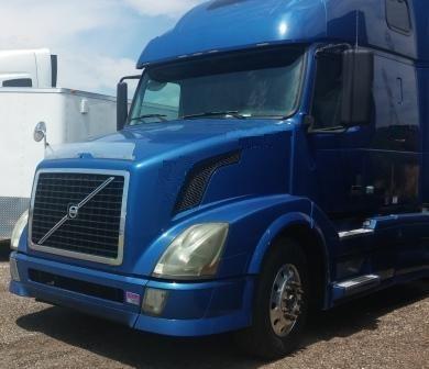 2013 Volvo Vnl64t670 Conventional - Sleeper Truck