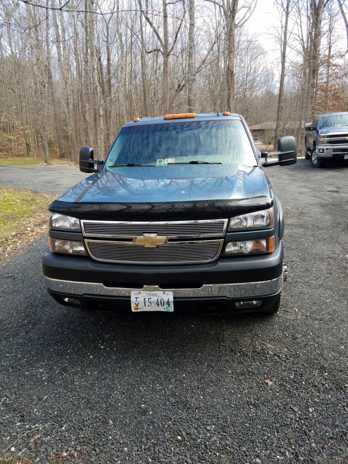 2006 Chevrolet Silverado 3500  Utility Truck - Service Truck