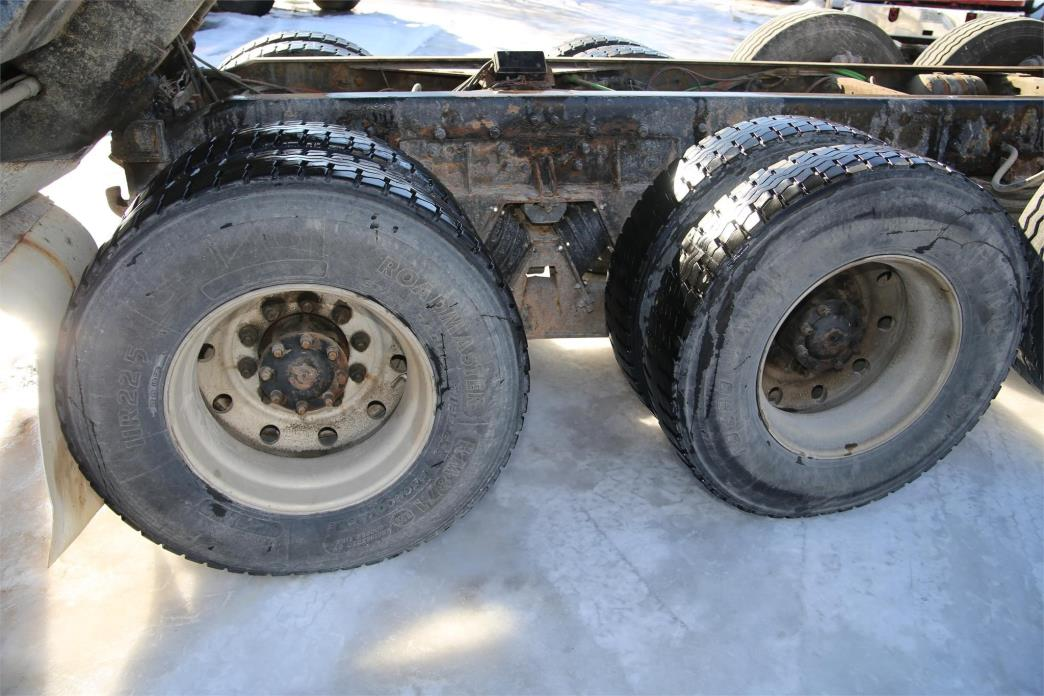 2003 Sterling Lt9513 Dump Truck, 9