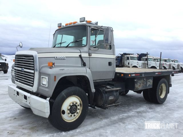 1996 Ford L8000  Flatbed Truck