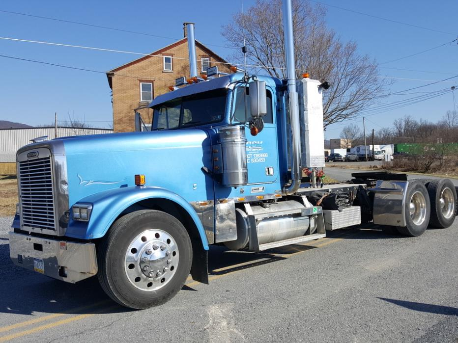 2000 Freightliner Classic Xl Conventional - Day Cab