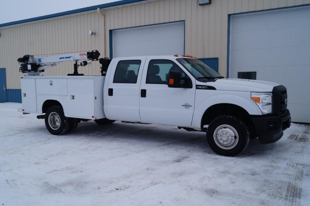 2015 Ford F350  Contractor Truck