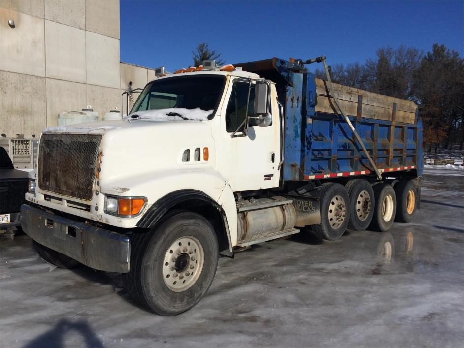 2003 Sterling Lt9513 Dump Truck, 2