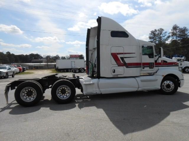 2013 Kenworth T660 Conventional - Sleeper Truck, 5