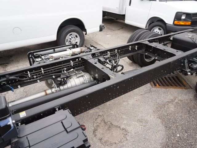 2017 Chevrolet 5500 Cab Chassis, 6