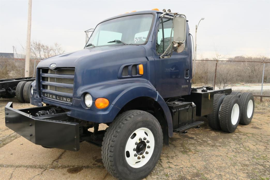 2002 Sterling Lt7500  Cab Chassis