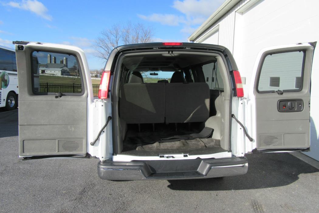 2011 Chevrolet Express G3500 Cargo Van, 6