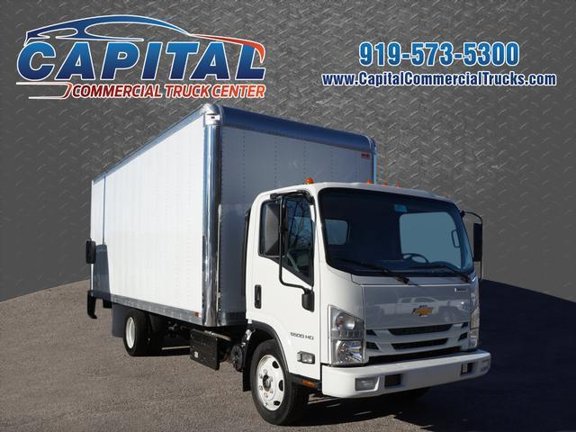 2017 Chevrolet Lcf 5500  Box Truck - Straight Truck