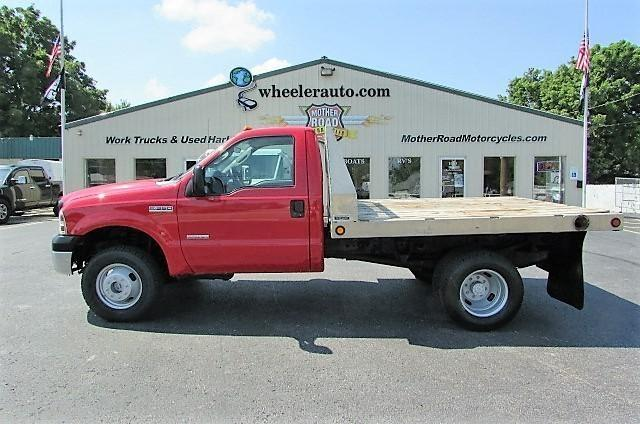 2007 Ford F350  Flatbed Truck