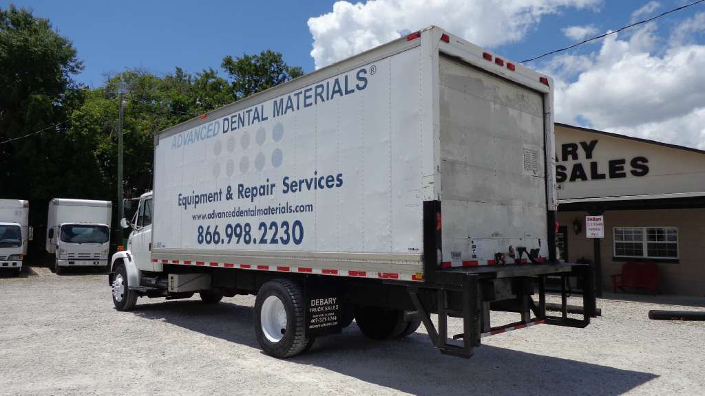 2002 Freightliner Fl70 Box Truck - Straight Truck, 5