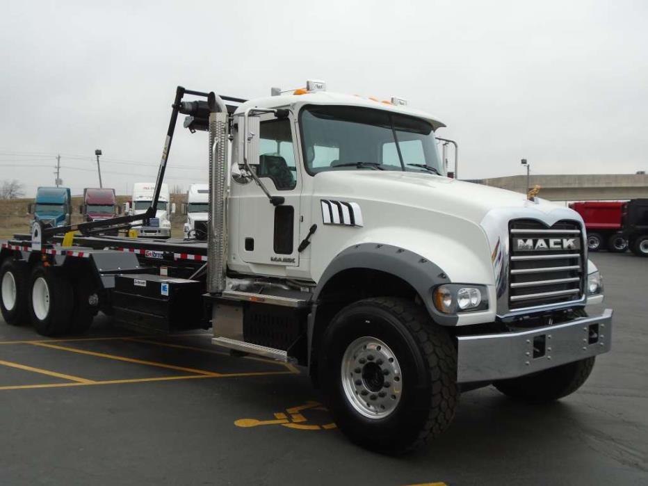 2017 Mack Granite Garbage Truck, 4