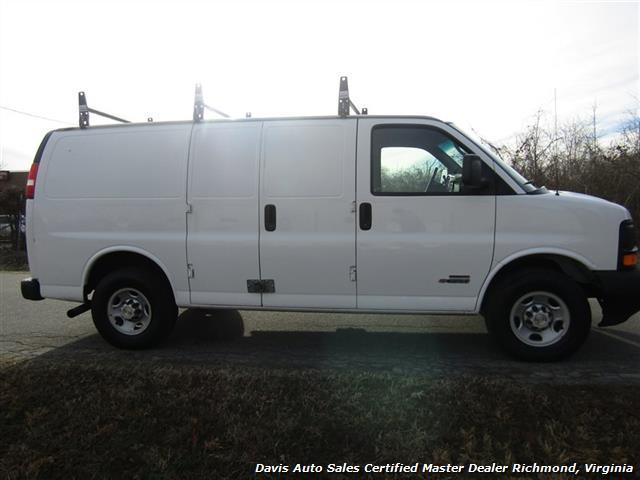 2006 Chevrolet Express Cargo Van, 4