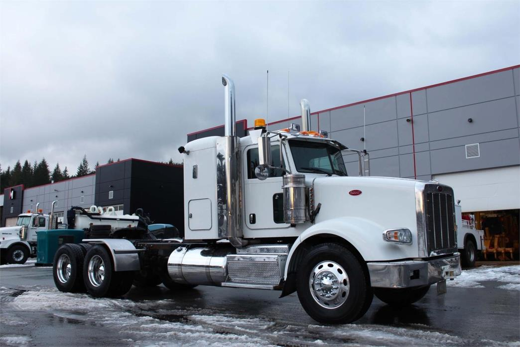 2014 Peterbilt 367 Conventional - Sleeper Truck, 4