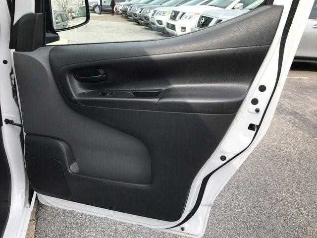 2016 Nissan Nv200 Cargo Van, 8