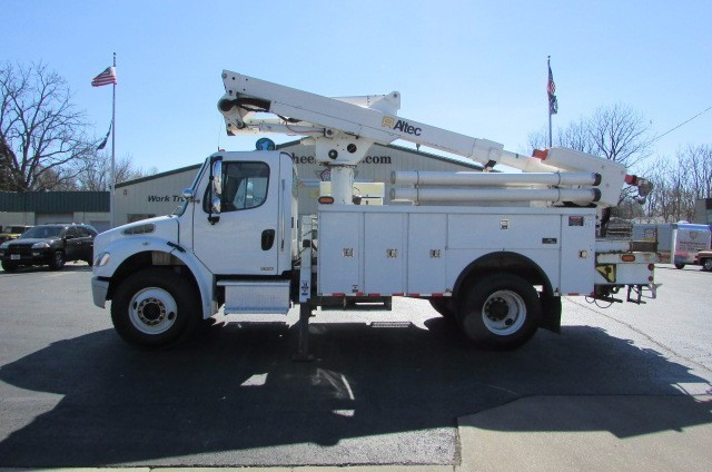 2007 Freightliner Business Class M2 Bucket Truck - Boom Truck