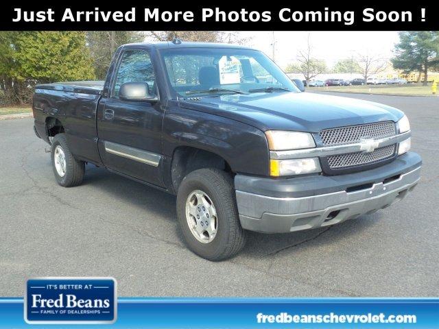 2004 Chevrolet Silverado 1500 Pickup Truck, 1