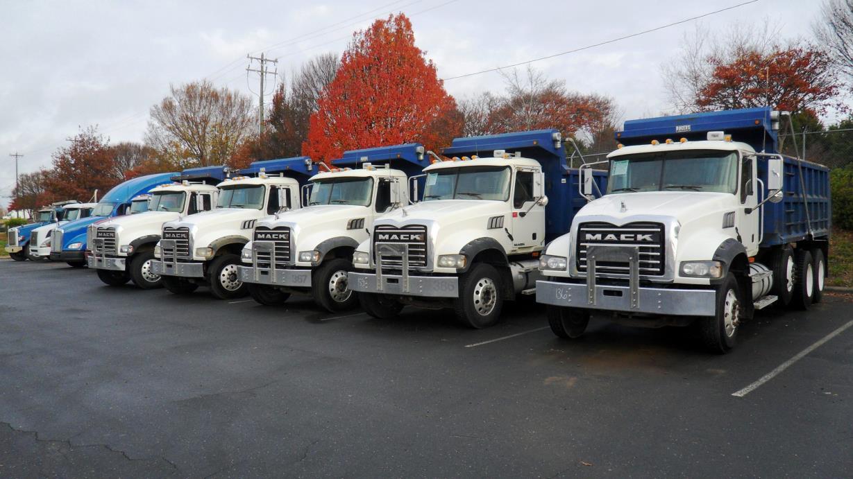 2007 Mack Granite Dump Truck, 8
