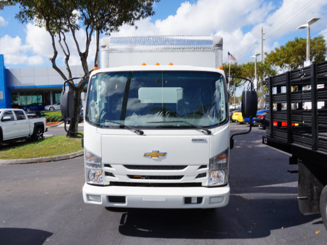 2017 Chevrolet 4500 Box Truck - Straight Truck, 2