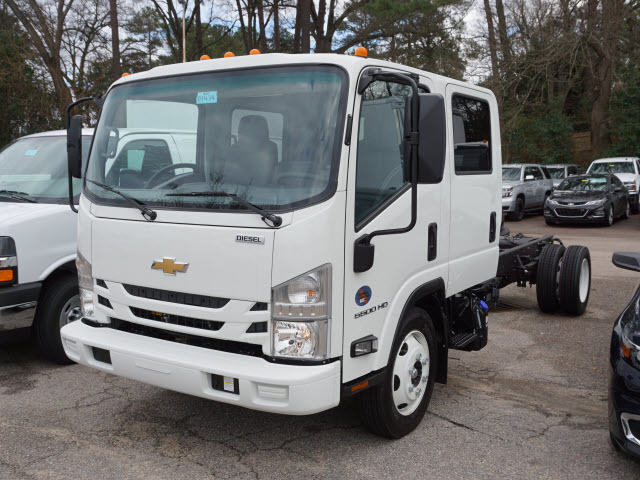 2017 Chevrolet 5500 Cab Chassis, 4