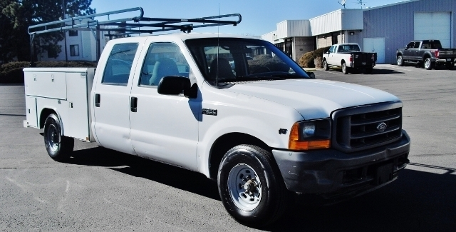 2001 Ford F250  Utility Truck - Service Truck