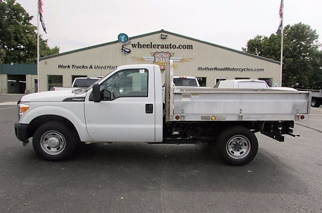 2012 Ford F250  Flatbed Truck