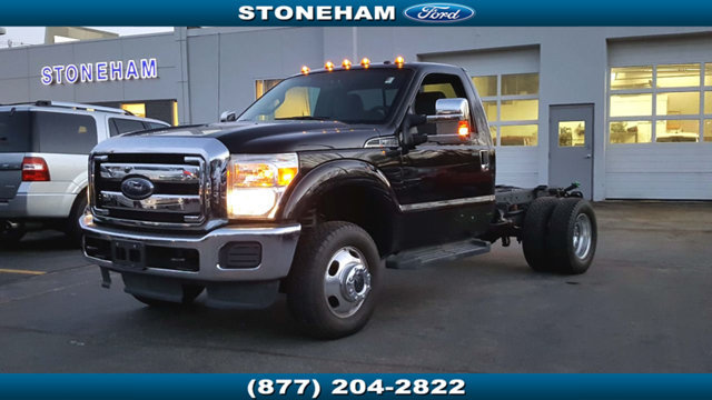 2014 Ford Super Duty F-350 Drw Cab-Chassis  Pickup Truck