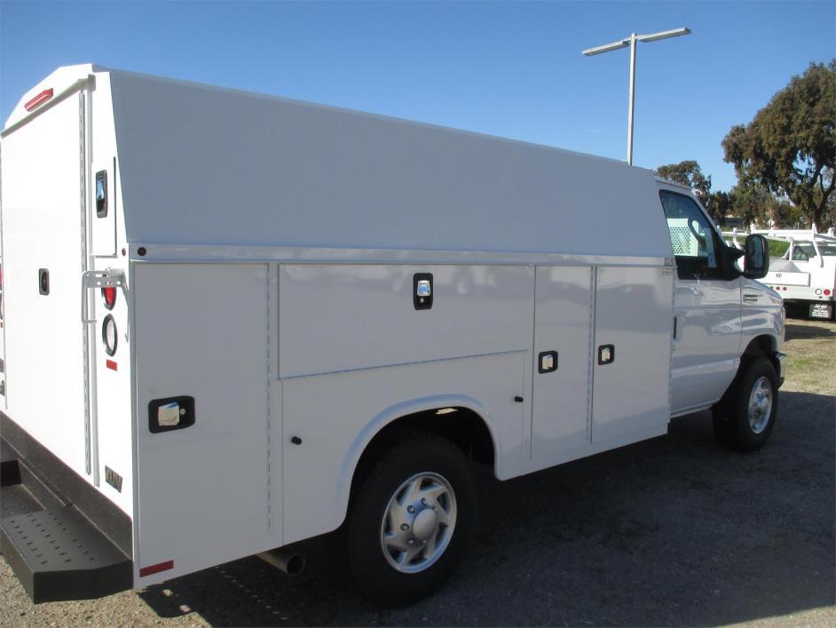 2017 Ford E350  Utility Truck - Service Truck