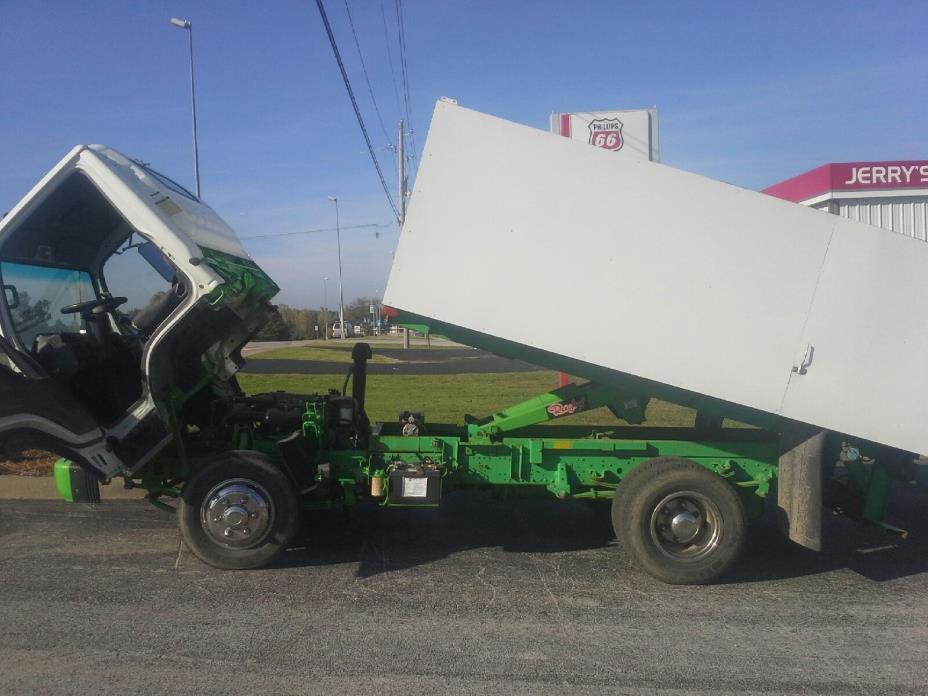2003 Isuzu Isuzu  Dump Truck