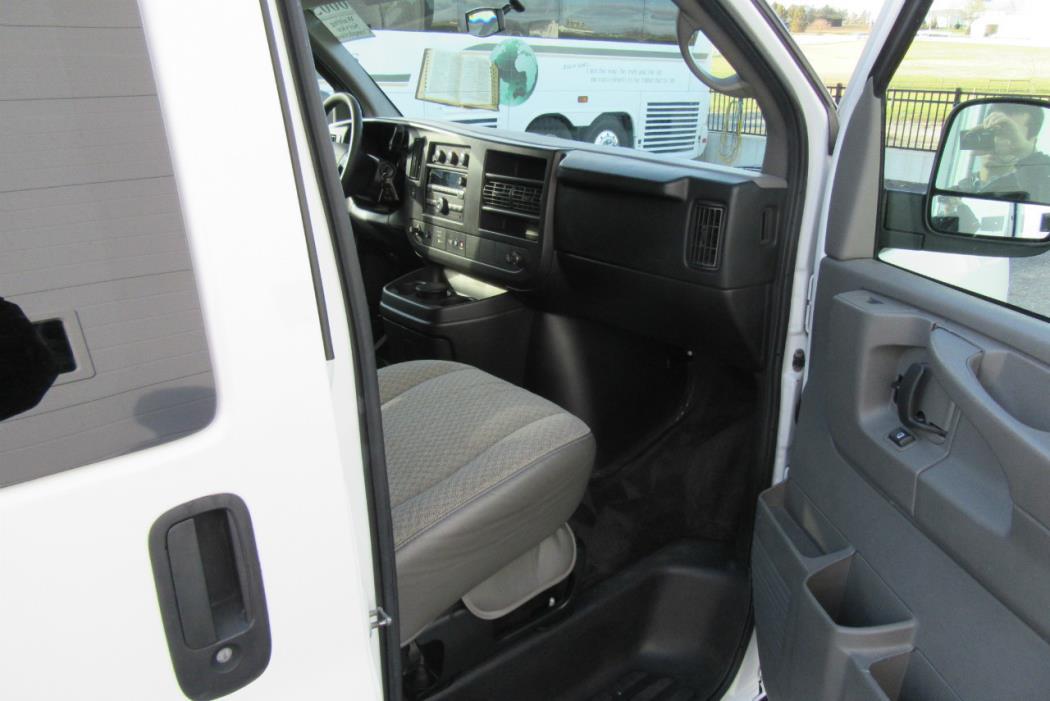 2011 Chevrolet Express G3500 Cargo Van, 9